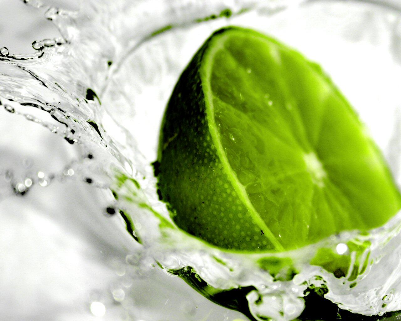 http://www.wallfizz.com/art-design/fruits/1780-citron-vert-WallFizz.jpg