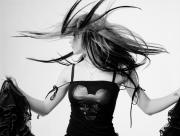Avril Lavigne danse