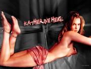 Katherine Heigl allongée