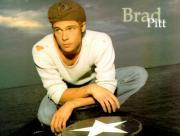 Brad Pitt assis