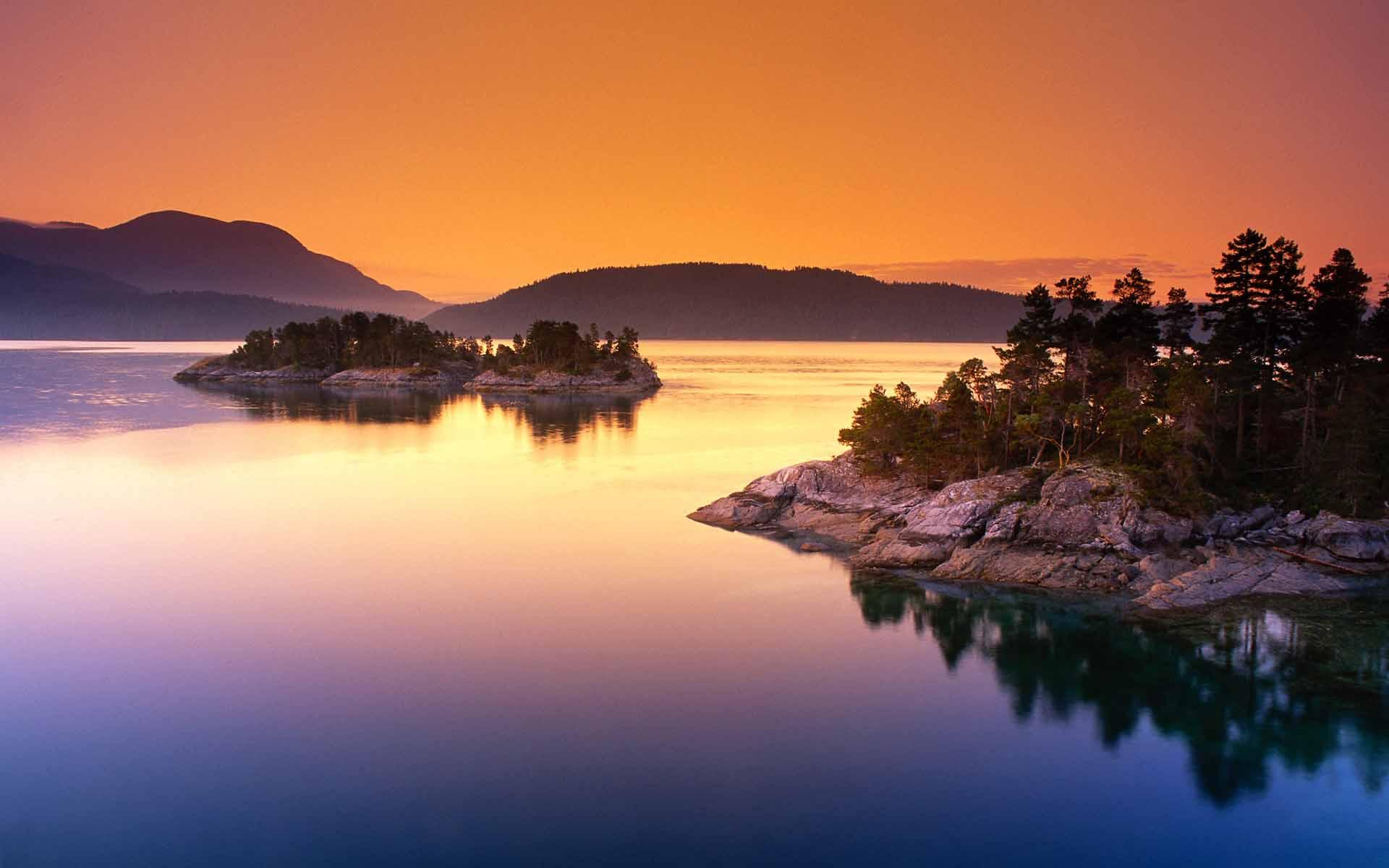 Fond d'ecran Lac au crépuscule