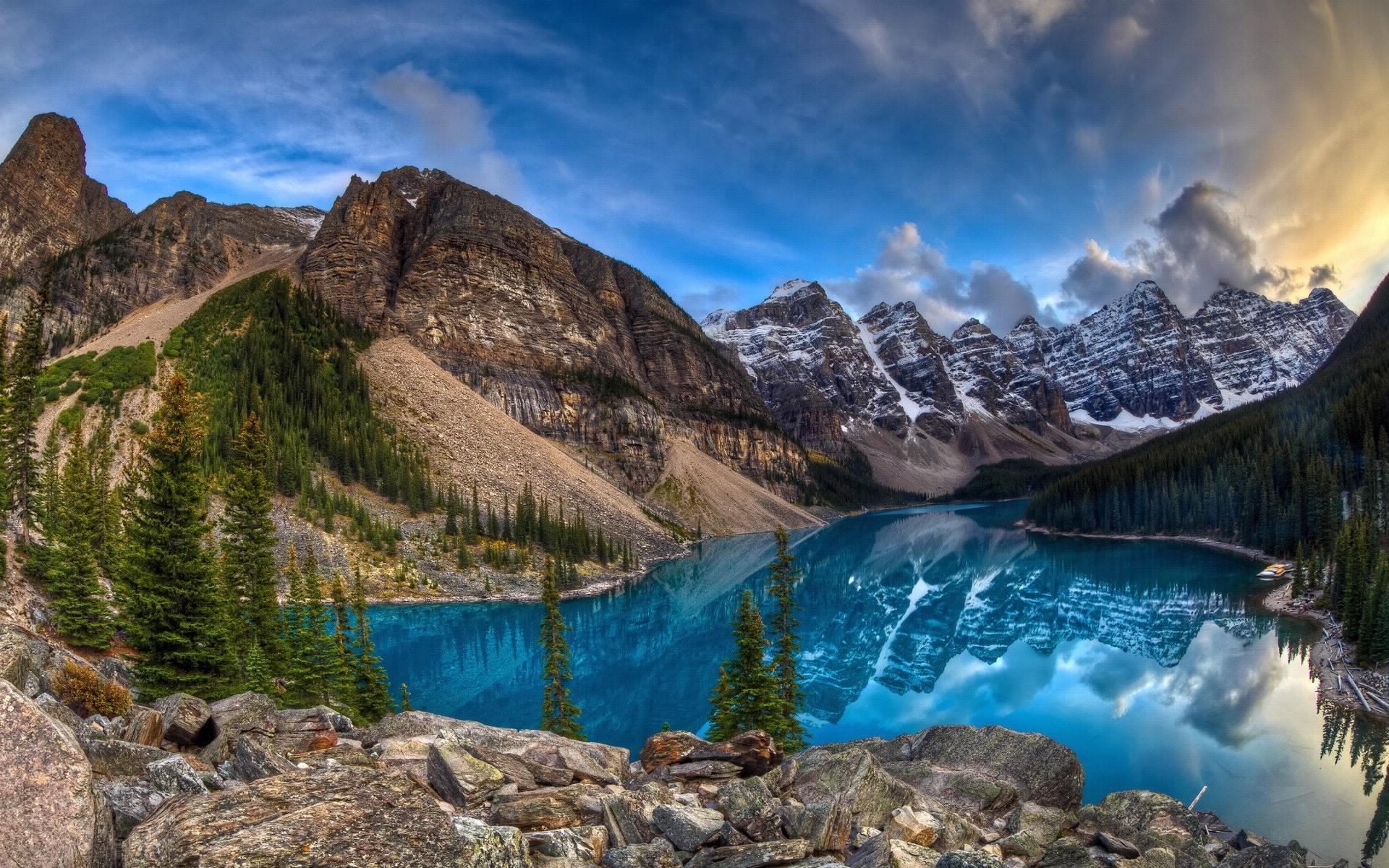 Fond d 39 ecran lac et montagnes wallpaper for Foto fond ecran