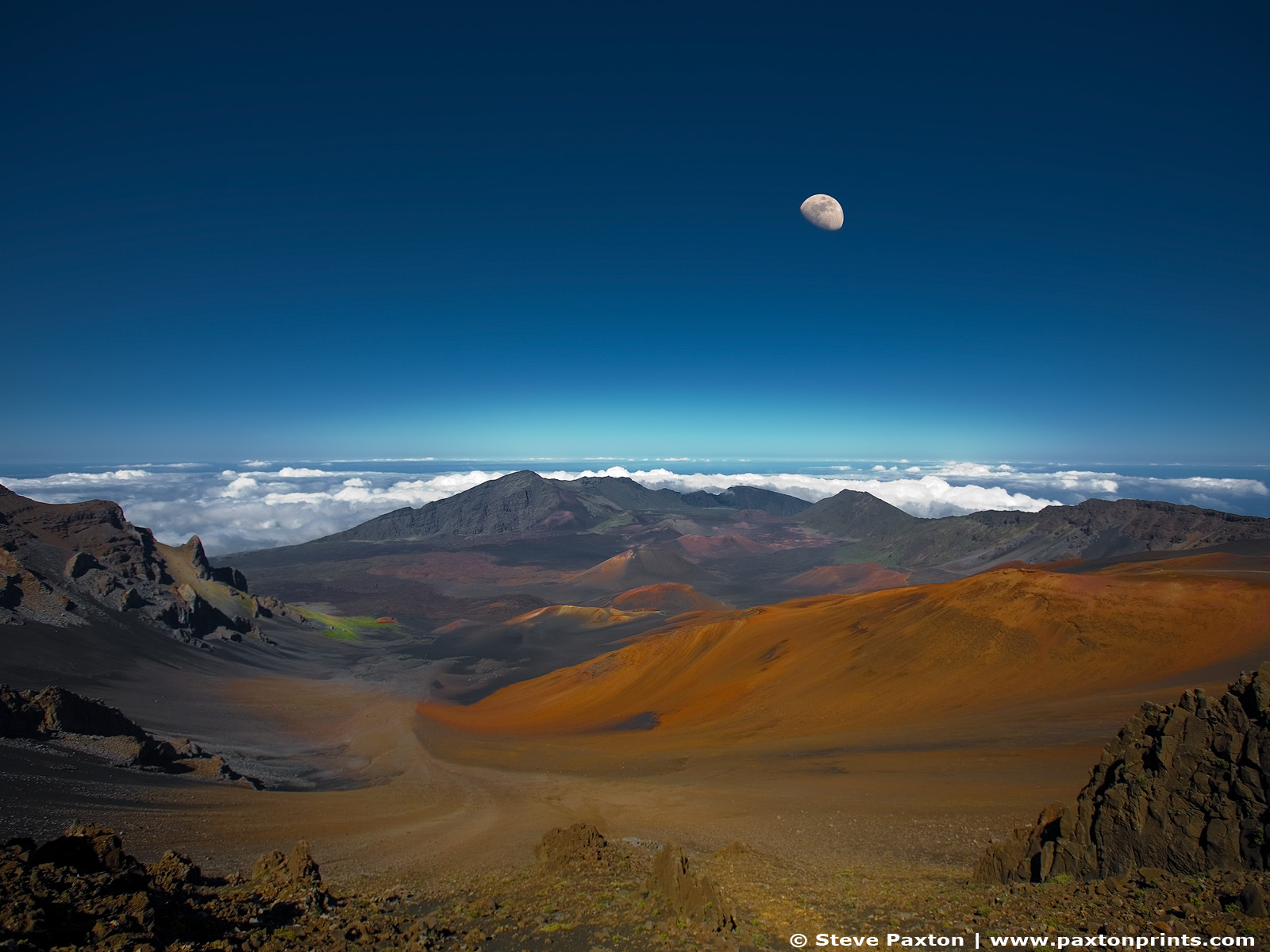 Fond d'ecran Lune et volcans - Wallpaper