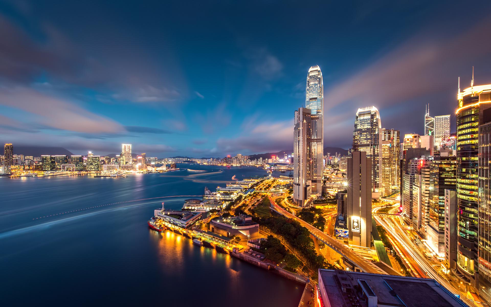 Fond d'ecran Skycrappers Hong Kong de nuit - Wallpaper