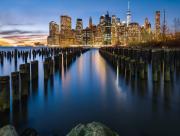 La ville vue de la rive